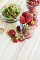 färsk mogen jordgubbe foto