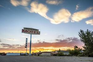 stor restaurang motell skylt, usa foto