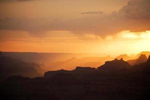 fantastisk utsikt in i Grand Canyon från matters punkt foto