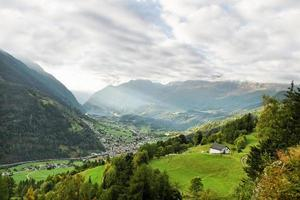 utsikt mot berget. foto