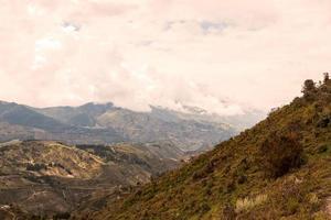 Flygfoto över Andesbergen, Cordillera Sydamerika foto