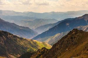vackra landskap med höga berg av kalkon foto