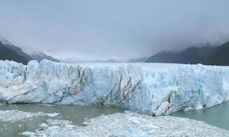argentina. perito moreno glaciär. landskap.