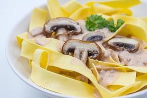 pasta med svampsås foto