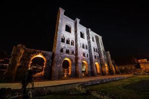 teatro romano, aosta, valle d'aosta, italia foto