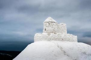 slott gjord av is foto