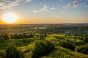 soluppgång på sommaren foto
