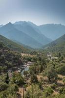 fango dalen på Korsika med berg i bakgrunden foto