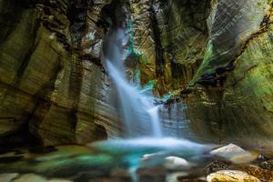 trollkirka vattenfall foto