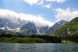 Juliska alperna i Slovenien foto