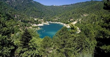 turkos sjö i Grekland foto