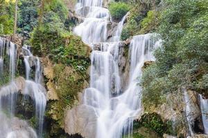 tat kuang si vattenfall i Laos