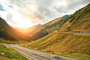 bergsväg foto