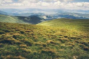 världen i vila. vackert bergslandskap foto