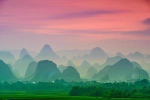 karstbergen i Kina foto