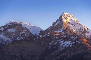 utsikt från poon hill 3210m i nepal foto