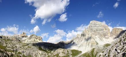 underbar utsikt över dolomiterna
