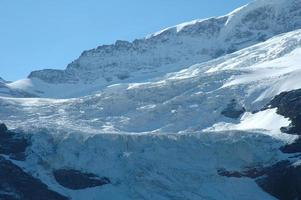glaciär i närheten Grindelwald i Alperna i Schweiz foto