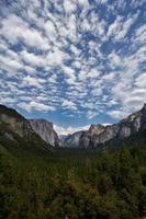 bergskedja i Yosemite foto