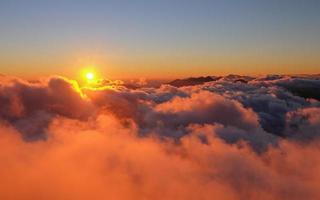 fasipan berg på morgonen foto