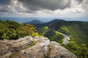 Blue Ridge Parkway Tråkiga trädgårdar natursköna berg landskap Asheville NC foto