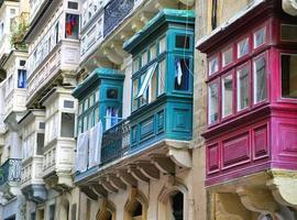 maltesiska hus foto