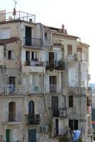 gamla hus, tropea, södra Italien foto