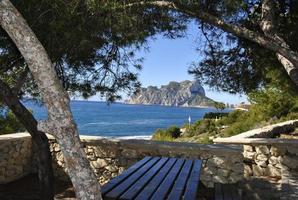 costa mediterranea en verano foto
