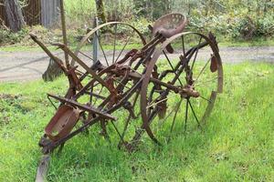 gammal lantbruksutrustning ii foto