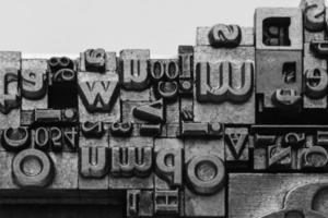 metall boktryckstyper foto