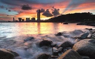 brinnande himmel med en strand (Lamma Island, Hong Kong)