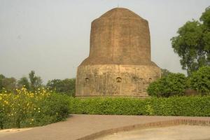 buddhistisk stupa, saranath foto