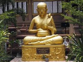 buddha saraburi thailande