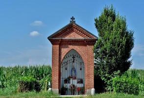 cappella i campagna foto