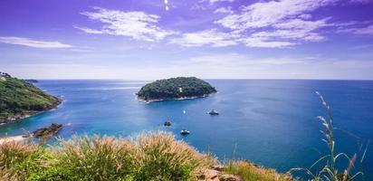 sommartid i Asien Thailand blå himmel, phuket