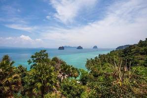 synvinkel på ön Koh Ngai foto