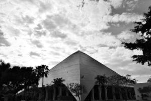 pyramid foto