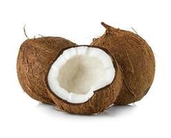 kokosnötter. coco mutter isolerad på vit bakgrund foto