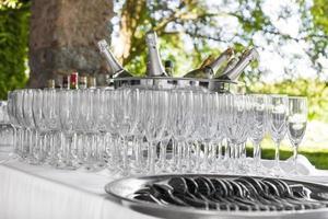 champagne och glas foto