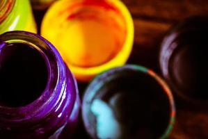 vattenfärg och gammal flaska foto