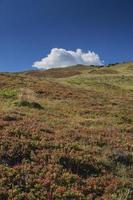 utsikt över de italienska alperna från rosskopf - monte cavallo foto