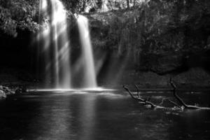 killen faller vattenfall foto