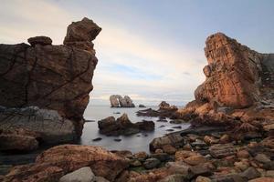 de steniga kusterna i norra Spanien, liencres