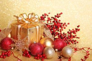 jul presentförpackning foto