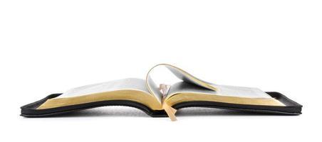 öppnade heliga bibelboken foto