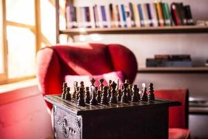 schack svart eller vitt foto