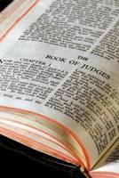 domare av bibelns serie foto