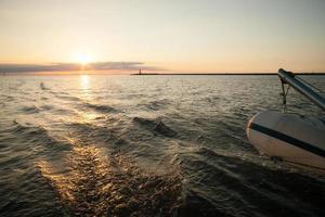utsikt från båten till sjöss