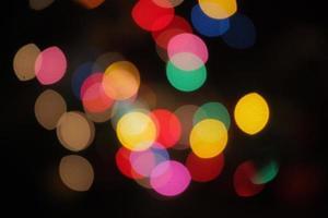 färgglada lampor bokeh foto
