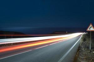 natt trafikljus spår foto
